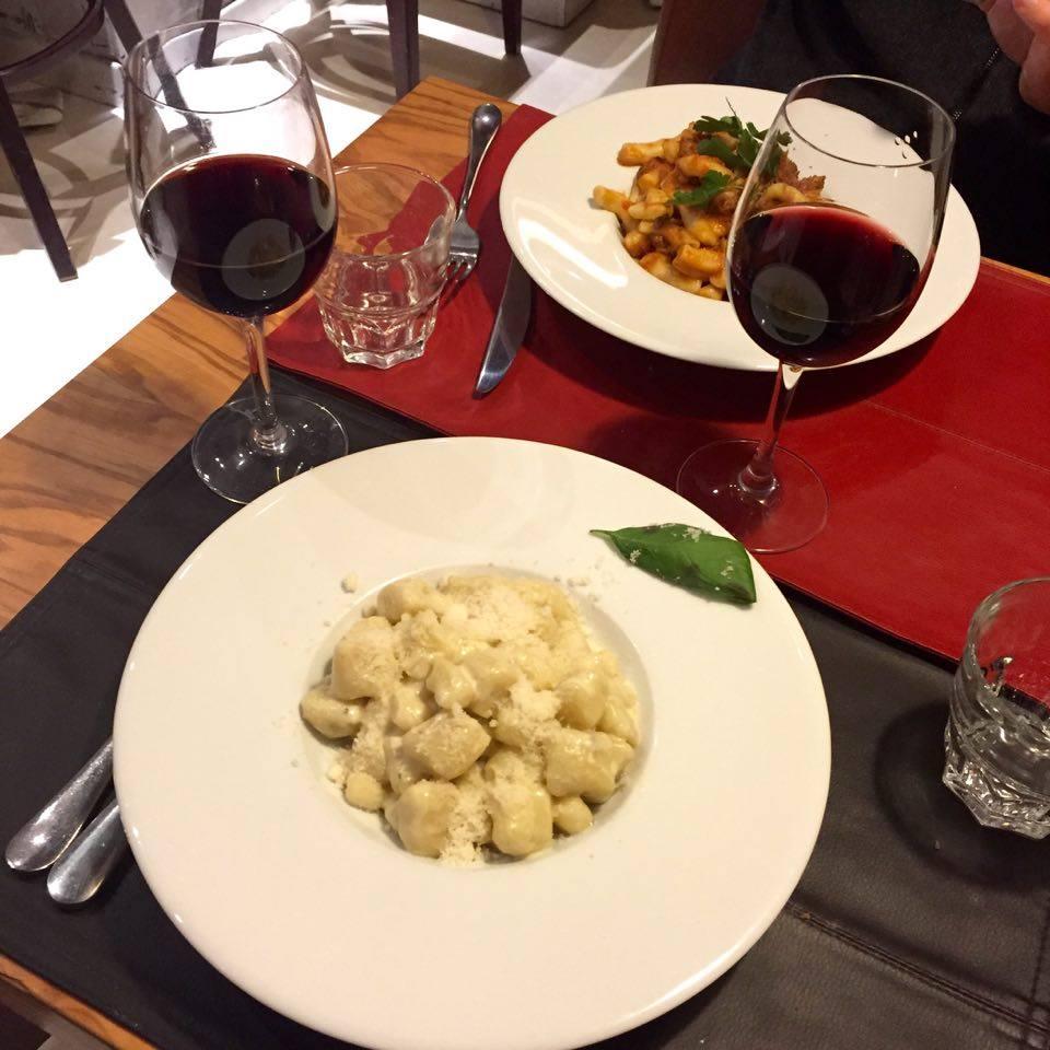 pates-oliva-restaurant-paris
