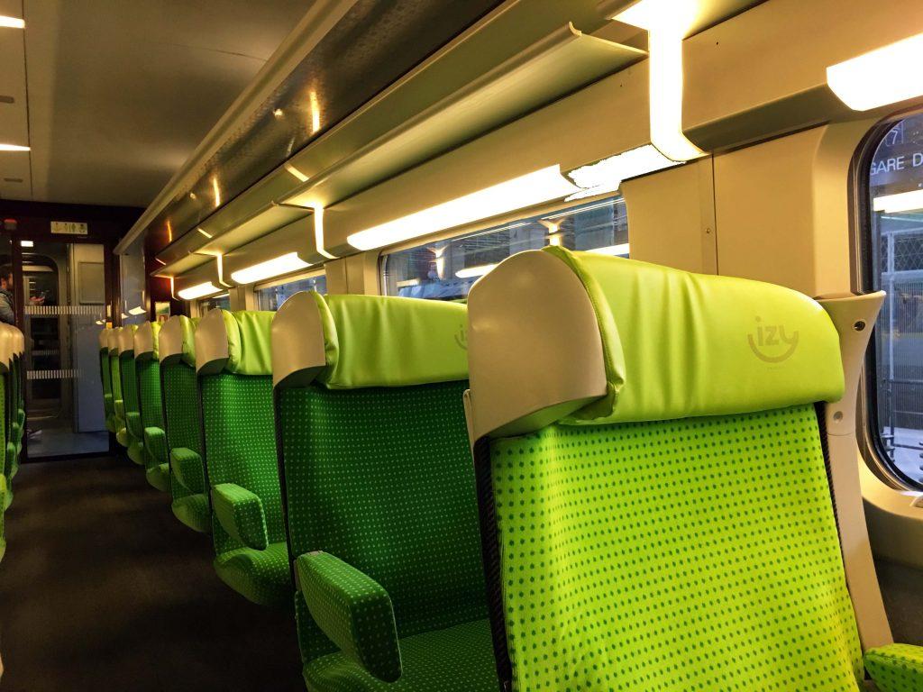 twofrencexplorers-izy-train